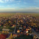 Luftaufnahme über einem Dorf