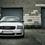 Audi-TT-Fron-web-logo